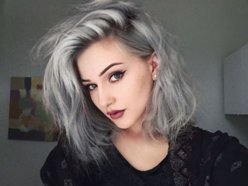 ATTRACTIVE SHORT HAIR COLOR STYLES FOR LADIES IN 2019 5