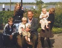Groeneweg, kleinkinderen van Cornelis en Kooij, Geertrui 1998.jpg