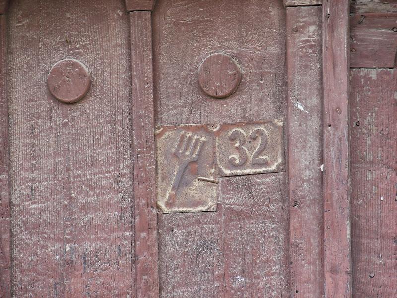 257.jpg