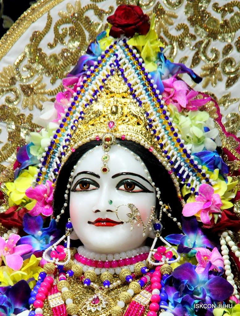 ISKCON Juhu Sringar Deity Darshan on 25th August 2016 (19)