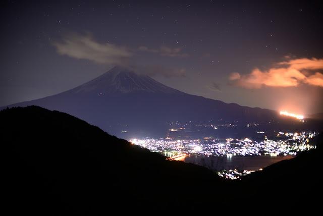 御坂 天下茶屋 富士山 夜景