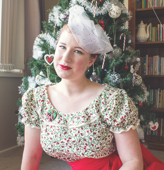 Simplicity 2483 ~ The 1940s Christmas Peasant Blouse | Lavender & Twill