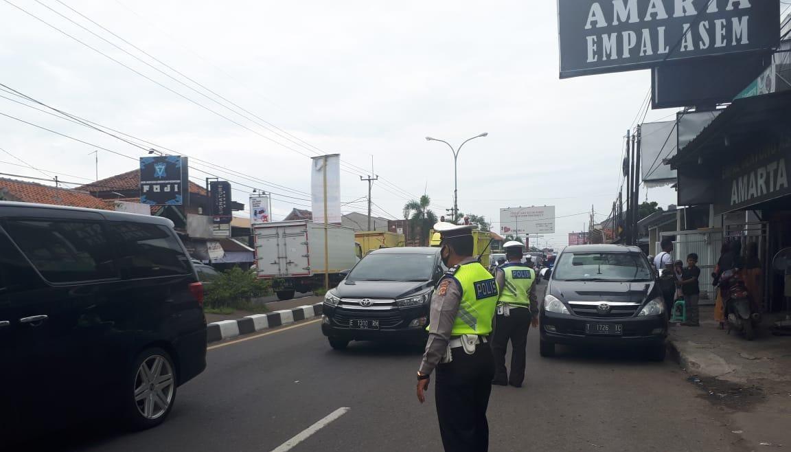 Kasat Lantas Polres Cirebon Kota, Pantau Arus Lalin Lancar di Arteri dan Jalan Tol
