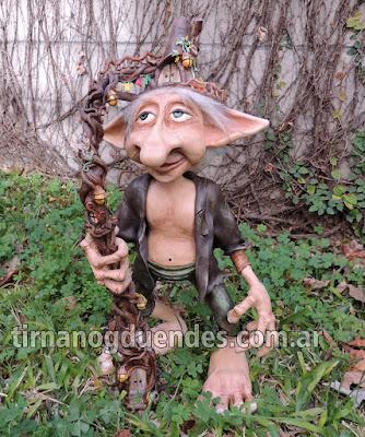 Neach Slat Recreación única personaje mitológico www.tirnanogduendes.com.ar