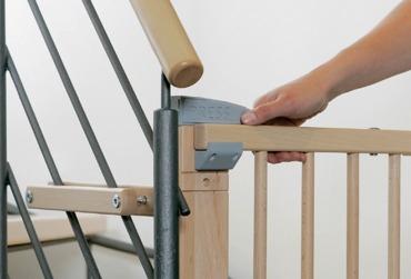 zabezpieczenie-schodów-bramka-barierka-dzieci