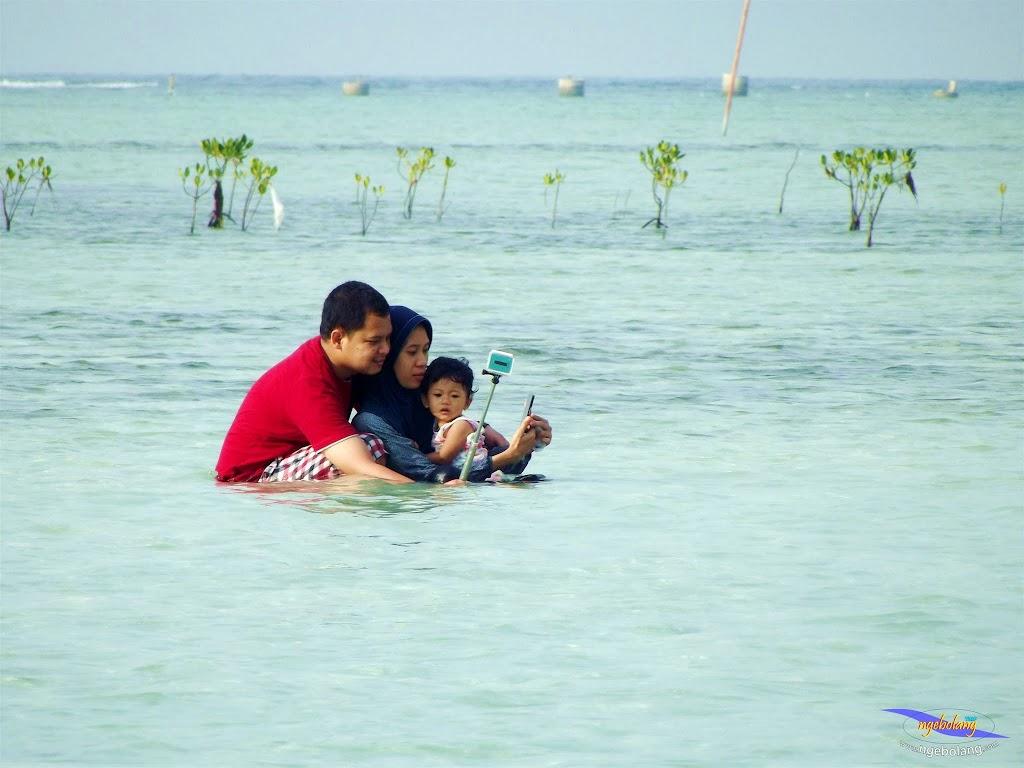 family trip pulau pari 090716 Fuji 156