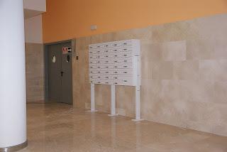 Bank of Arregui's Milenio mailboxes H4501