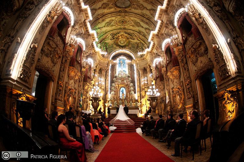 Foto de casamento 2737 de Renata e Cristiano. Marcações: 28/08/2010, Casamento Renata e Cristiano, Igreja, Igreja Sao Francisco de Paula, Rio de Janeiro.