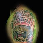 10-alien-tatouage-vert-épaule-bras.jpg