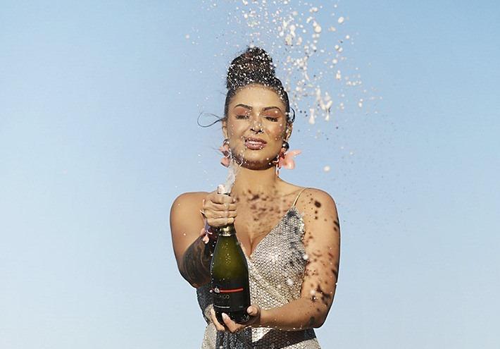 jady-santy-ensaio-especial-para-o-reveillon-da-diamond-brazil13
