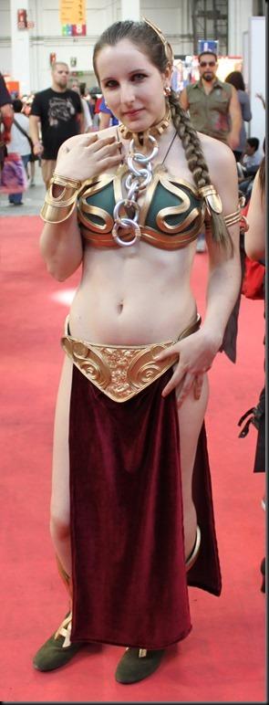 Princess Leia - Golden Bikini Cosplay_865825-0099