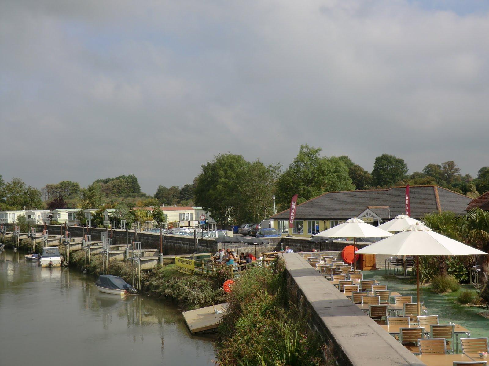 CIMG4732 Riverside Caf� & Restaurant, Houghton Bridge