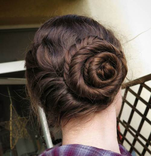 The Trendy Bun Hairstyles For Casual And Formal In Current Year 2017 10
