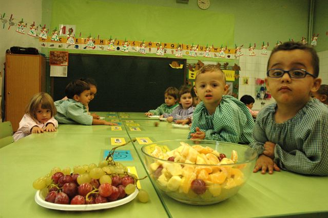 La macedònia de educació infantil a l'escola pere vila