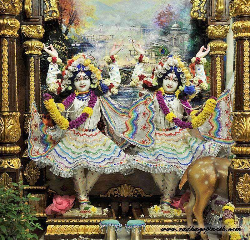 ISKCON Chowpatty Deity Darshan 20 Dec 2015 (9)