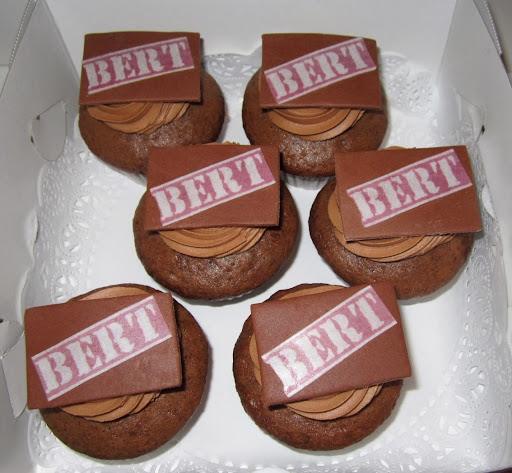 001- Chocolade Bert cupcakes.JPG