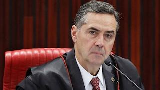 Como foi a reação do TSE contra Bolsonaro
