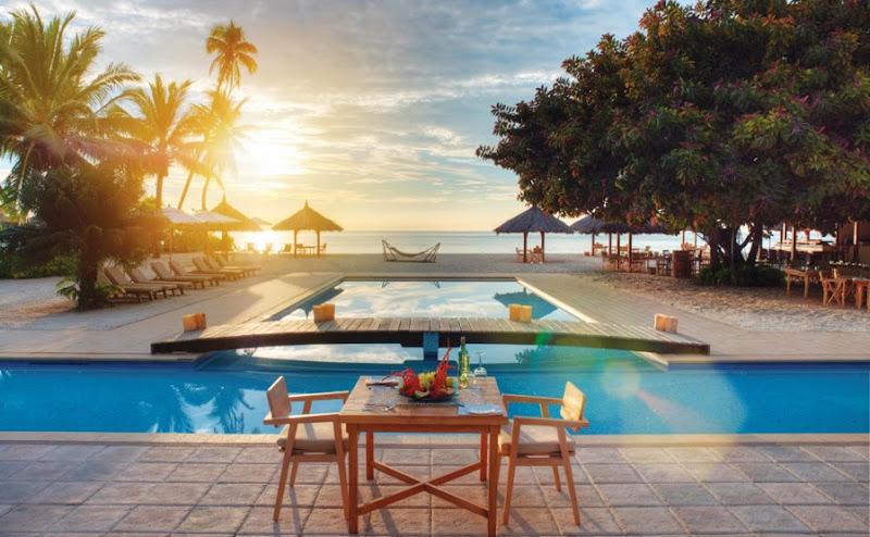 Desroches Island Resort - piclarge66721restaurant%2Bview_2.jpg