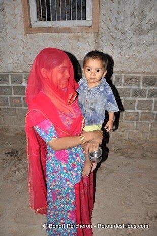 Le purda (règle imposant aux femmes de se cacher des hommes, parfois encore respectée au Rajasthan) a ses limites!