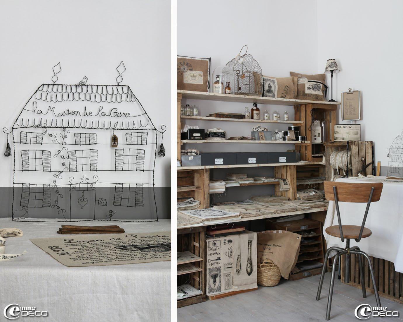Dans le showroom d'Aurélia Ducrocq, ses créations sont présentées dans une étagère composée de planches habillées de vieux papiers et de caisses en bois