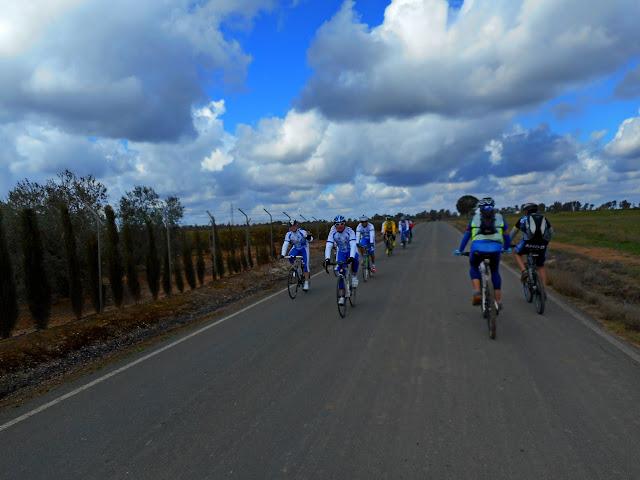 Rutas en bici. - Página 11 DSCN2328