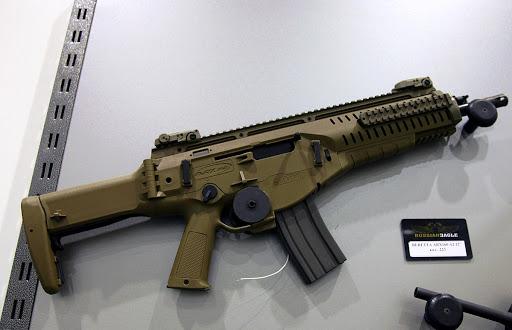 Senapan serbu Beretta ARX160