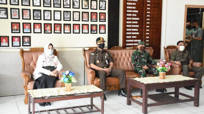 Berkunjung ke Sinjai, Ketua DPRD dan Bupati Sinjai Sambut Kedatangan Kapolda Sulsel