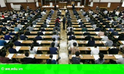 Hình 1: Đại học Nhật mất sinh viên ngoại vì thiếu lớp dạy bằng tiếng Anh