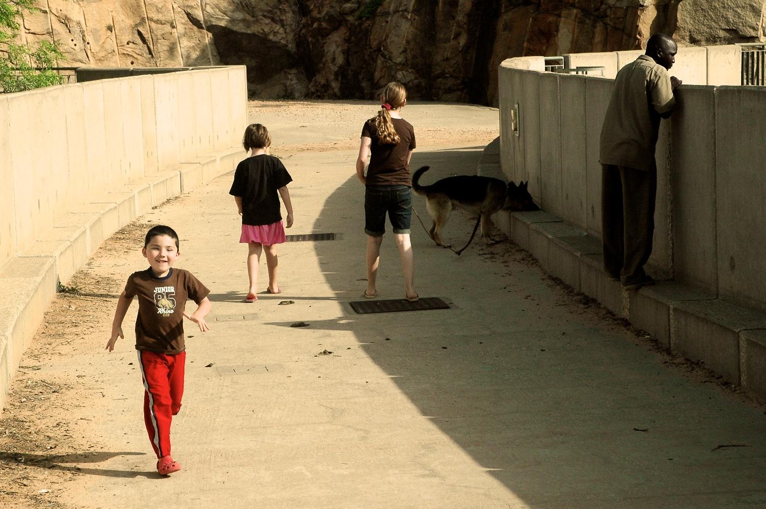 Kids on the dam