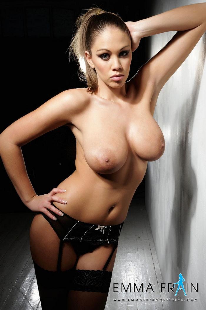 Emma frain topless