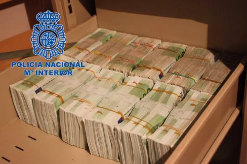 La Policía Nacional se incauta de 10.000.000€ en efectivo y 452 kilos de cocaína ocultos en un chalé de Valencia