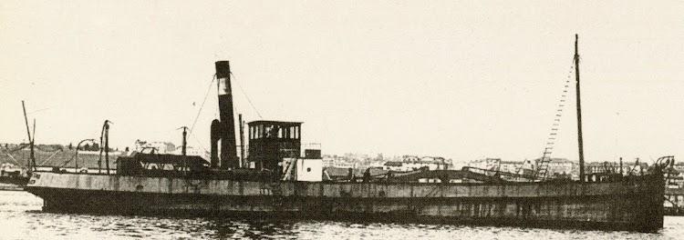 Gánguil SAN EMETERIO. Col JMB. Del libro Los Barcos de la Junta del Puerto de Santander. 1884-1991.jpg