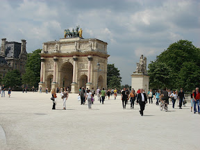 Arc de Triomphe du Carrousel - Not nearly as large as the Arc de Triomphe, yet every bit as amazing and beautiful.