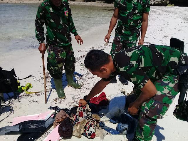 ANGGOTA TNI - AD BERSAMA PERSIT KCK CAB XXIX KEPULAUAN SELAYAR, GELAR BAKTI SOSIAL BERSIHKAN BIBIR LAUT KAWASAN PA'BADILANG