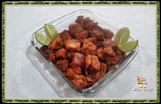 Cubinhos dourados de carne de porco 2