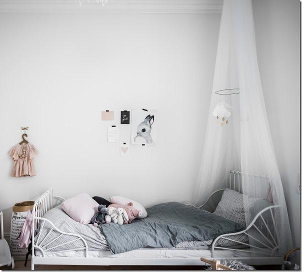 arredare-stile-scandinavo-bianco-grigio-legno-10