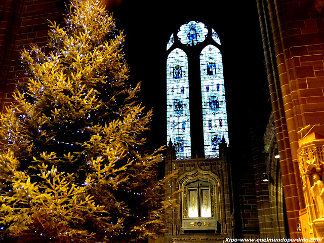 christmas-art-market-liverpool.JPG