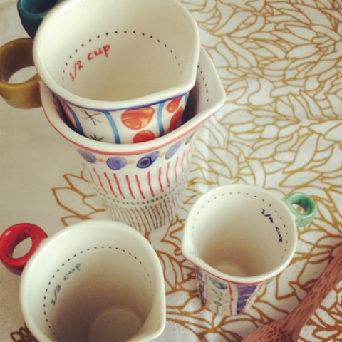 quirky measuring cups