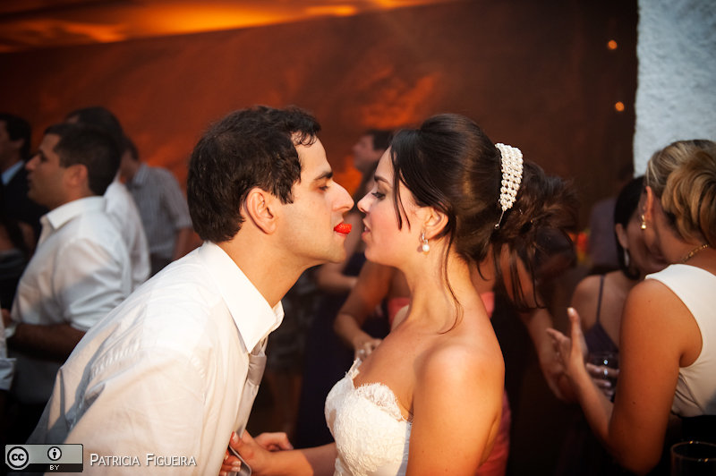 Foto de casamento 2830 de Nathalia e Fernando. Marcações: 04/12/2010, Casamento Nathalia e Fernando, Niteroi.