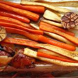 Warzywa pieczone w miodzie i oliwie z masłem