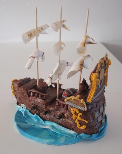 736- Piratenschip taart.JPG