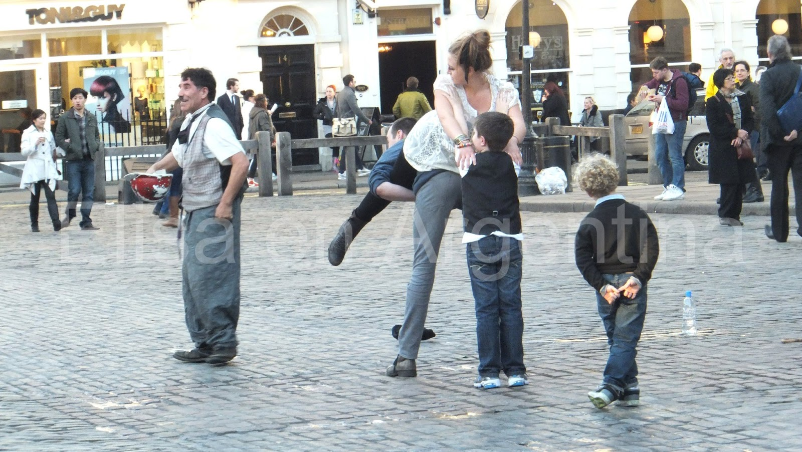 People in London: Covent Garden