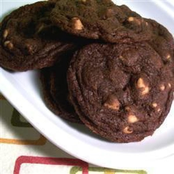 Mom's Chocolate Cookies With Peanut Butter Chips Recipe