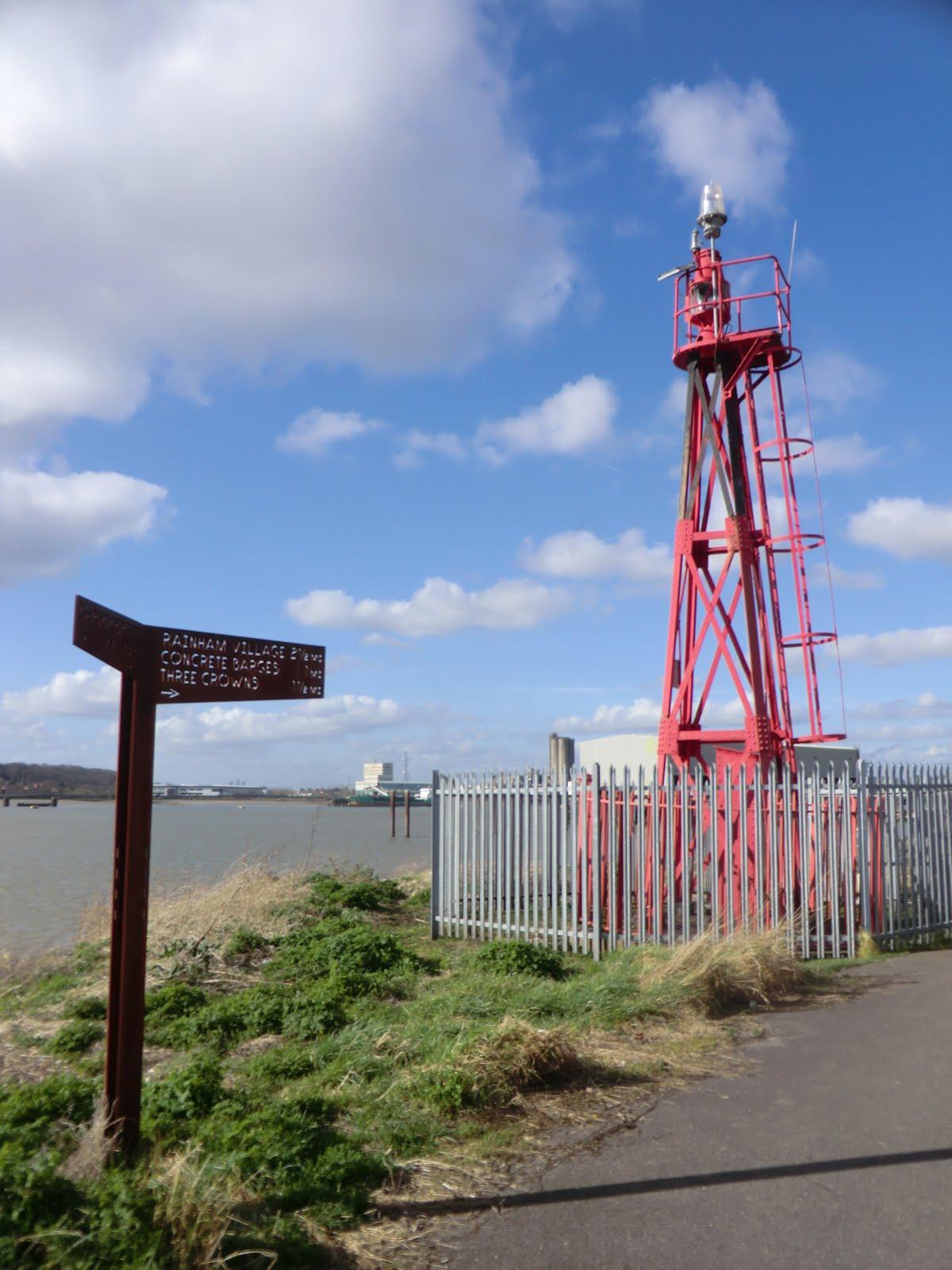 CIMG9949 Coldharbour beacon