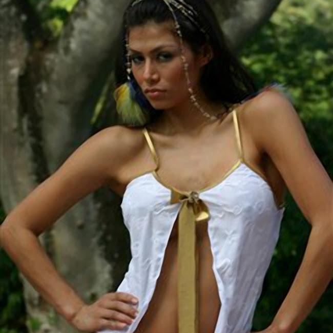 Renata Gonzalez Foto 88