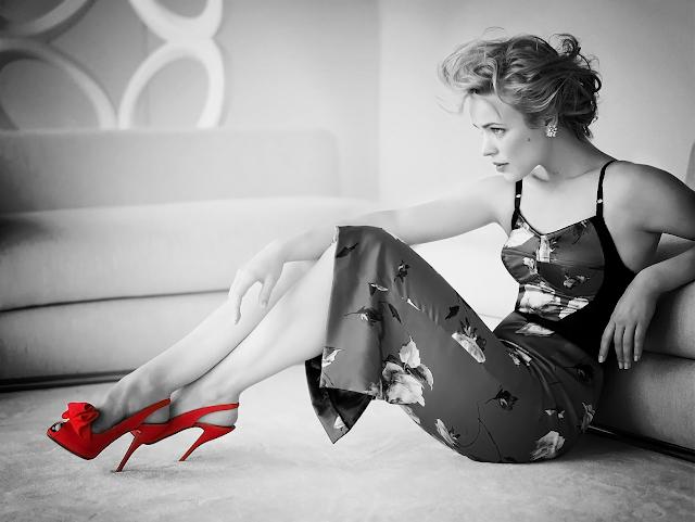 rachel mcadams red heels