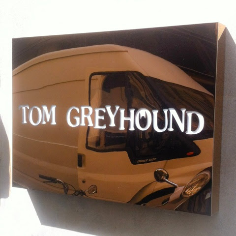 Tom Greyhoud rue Saintonge