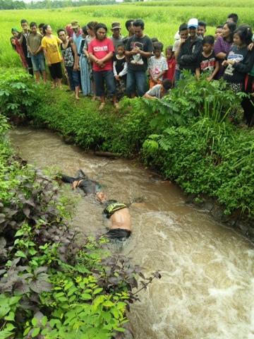 Anak Punk Temukan Dua Mayat Laki-Laki di Sungai