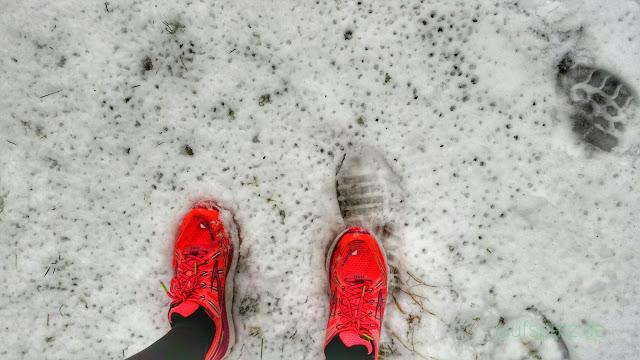 Nasse Schuhe im Schnee