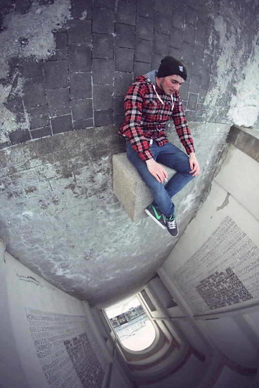 awesome photos with angles give them new perspective (17)